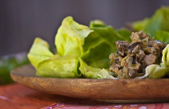 chicken-mushroom-lettuce-cups