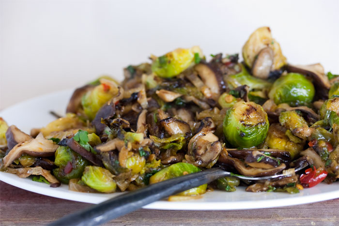 brussels-sprouts-chile-sauce