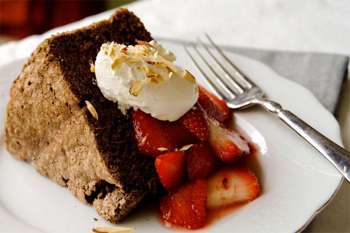 chocolate-angel-food-cake-make-ahead-desserts