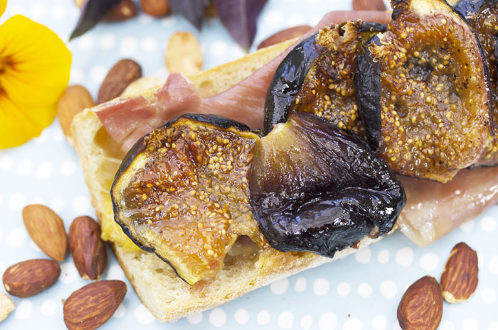 Honey-Roasted Fig Tartine with Prosciutto