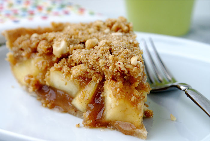 Apple Pie with Chinese Five Spice & Hazelnut Crumb Topping - NOURISH ...