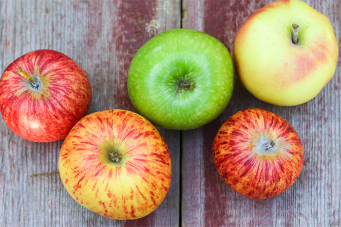 heirloom-apples