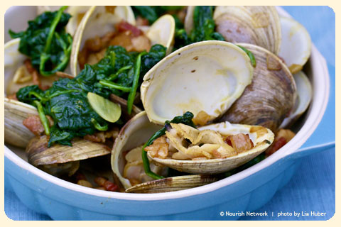 clams-with-bacon-and-spinach