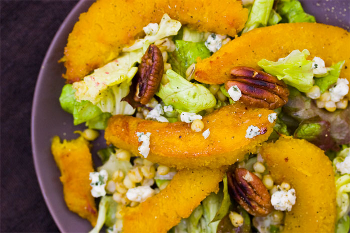 roasted-acorn-squash-salad-thanksgiving-side-dishes