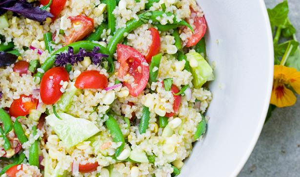 tomato-salad-green-beans-corn-bulgur