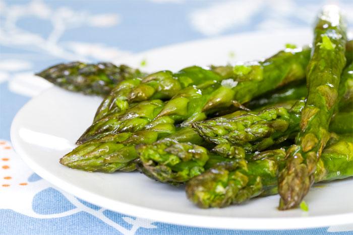 roasted-asparagus-miso-honey-lime-zest