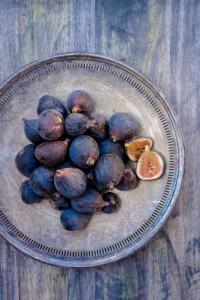 fig-figs-love-vertical