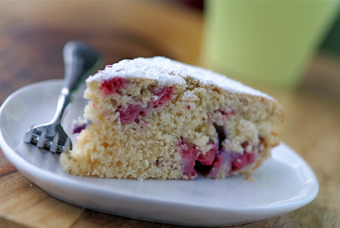 Old-Fashioned Raspberry Buckle Coffee Cake